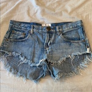 One teaspoon low waist medium rise Jean shorts